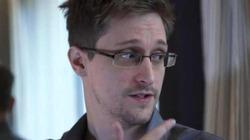 Сноуден выучил русский и просит политическое убежище