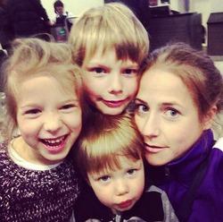 Юлия Барановская забыла о трёх детях ради славы
