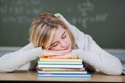 Готовясь к экзаменам, надо много спать