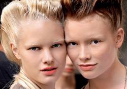 Последний модный тренд - осветленные брови