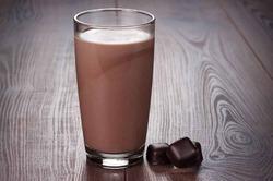 Черный шоколад защищает от болезней сердца