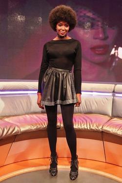 Наоми Кэмпбелл теперь носит афро