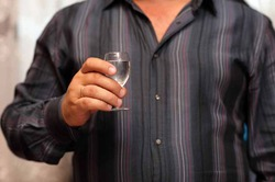 Чем меньше алкоголя, тем здоровее человек