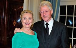Билл и Хиллари Клинтоны разводятся