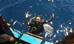 Анна Семенович спаслась от акул благодаря выдержке