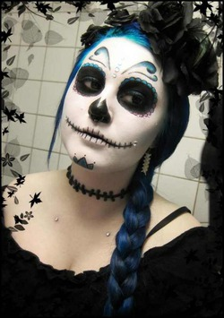 Скандал с костюмами на Хэллоуин получил продолжение