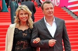 Жена Башарова подает на развод