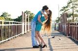 От любви подкашиваются ноги... Но меня всегда подхватит мой любимый...