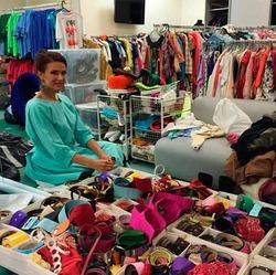 Невероятно большой гардероб Елены Малышевой