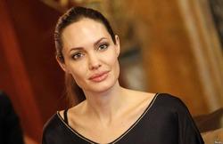 Анжелина Джоли подтвердила уход из актерской профессии