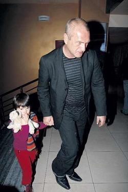 Бывшая жена Балуева не пускает их дочь в Россию
