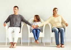 С кем должен остаться ребенок после развода?