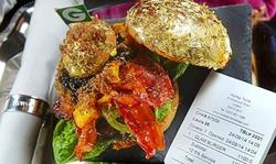 В Британии делают самый дорогой в мире гамбургер
