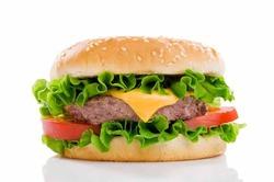 McDonald's признал, что готовит из мяса с гормонами
