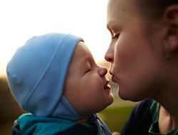 Детей необходимо целовать