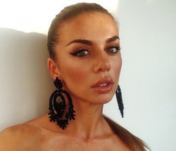 Анна Седокова снимает шоу о себе