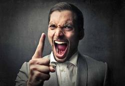 Самоуверенные люди чаще делают карьеру