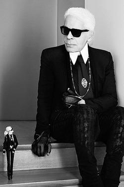 Кукла Карл Лагерфельд уже в продаже