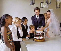 На что пошли Джоли и Питт ради спокойствия в медовый месяц?