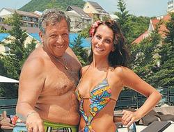 Борис Грачевский не может выкупить фамилию у жены