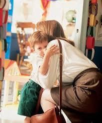 Ясли: помощь ребенку или маме...