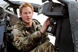 Ждать будешь, Линдсей? Принц Гарри уехал служить в Австралию