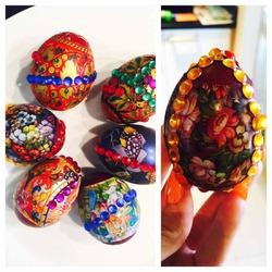 Пасхальные яйца со стразами – идея Марии Погребняк