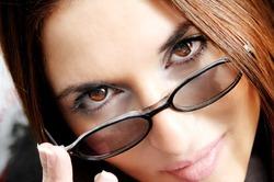 При помощи продуктов можно изменить цвет глаз