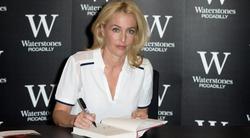 Звезда «Секретных материалов» напишет книгу для женщин