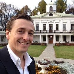 Имя Сергея Безрукова стало брендом
