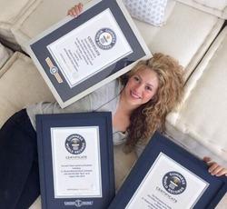 Шакира – рекордсменка. Имя певицы занесли в Книгу рекордов Гиннесса