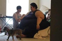 Муж не давал жене с весом 300 кг худеть
