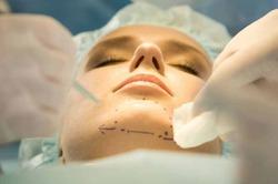 Пластические операции старят мозг