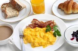 Диабетики нуждаются в белковых завтраках