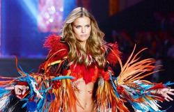 Штат ангелов Victoria's Secret пополнился моделью из России