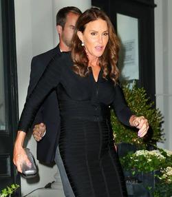 Цель Кэйтлин Дженнер – стать похожей на Джоли