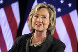 Хиллари Клинтон тратит на стрижку 600 долларов