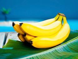 В Японии появились бананы с двойной кожурой