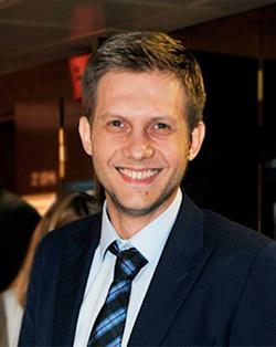 Телеведущий Борис Корчевников признался в том, что перенёс рак мозга