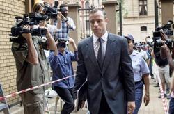 Оскара Писториуса, убившего подругу, освободили из тюрьмы через 10 месяцев