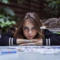 Кара Делевинь снова рассказала об «ужасах» шоу-бизнеса