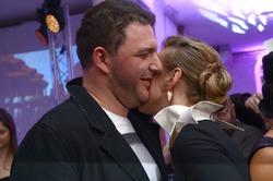 «На мужа своего посмотри!»: Собчак напомнили, что она вышла не за худого