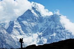 Путь на вершину Эвереста вновь открыт