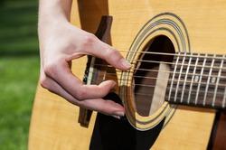 В Финляндии начался чемпионат по игре на воображаемой гитаре