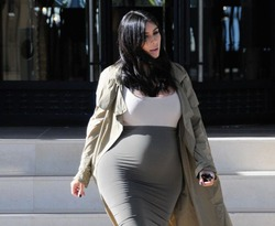 Беременная Ким Кардашян готовится к пластике