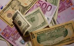 В России введены новые правила покупки валюты