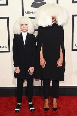 Самые нелепые наряды звезд с Grammy-2015