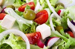 Для сохранения силы нужно есть греческий салат