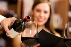 Красное вино сжигает лишний жир