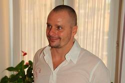 Актёра Александра Носика завалило мусором